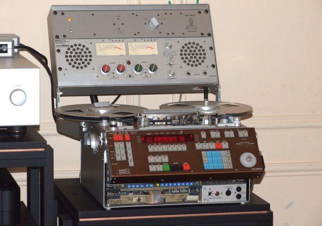 nagra_t-audio_studijski_magnetofon_iz_1981._godine_s_ta_modulom_za_monitoring_web.jpg