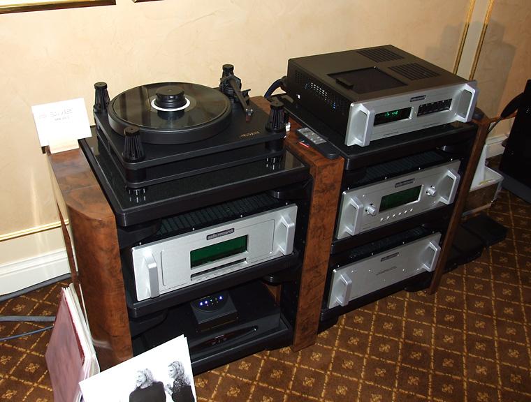 sme_203_gramofon_i_audio_research_elektronika_iz_reference_serije.jpg