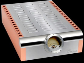 dan-dagostinos-momentum-amplifier-1.jpg