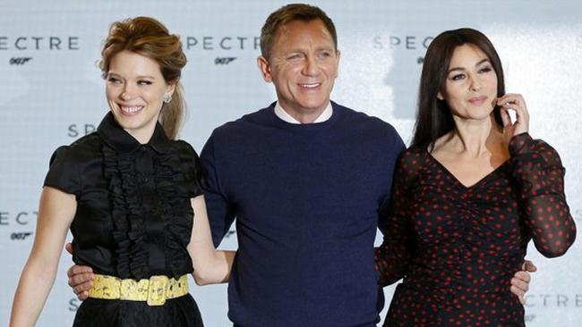 Bond24 girls