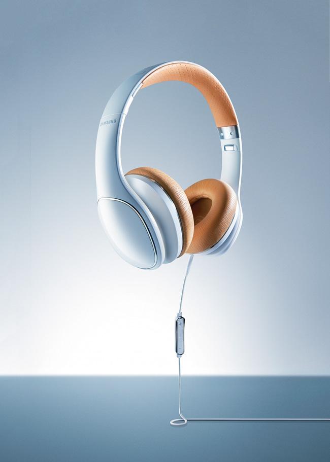 Samsung LevelOn White