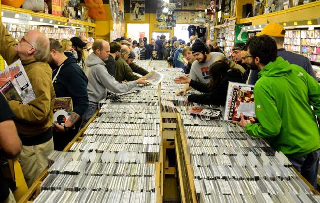 Record store web