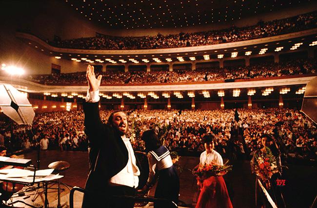 pavarotti movie HD New Stills 10web
